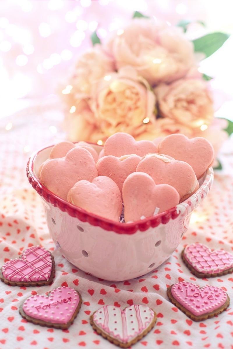heart baked cookies pink